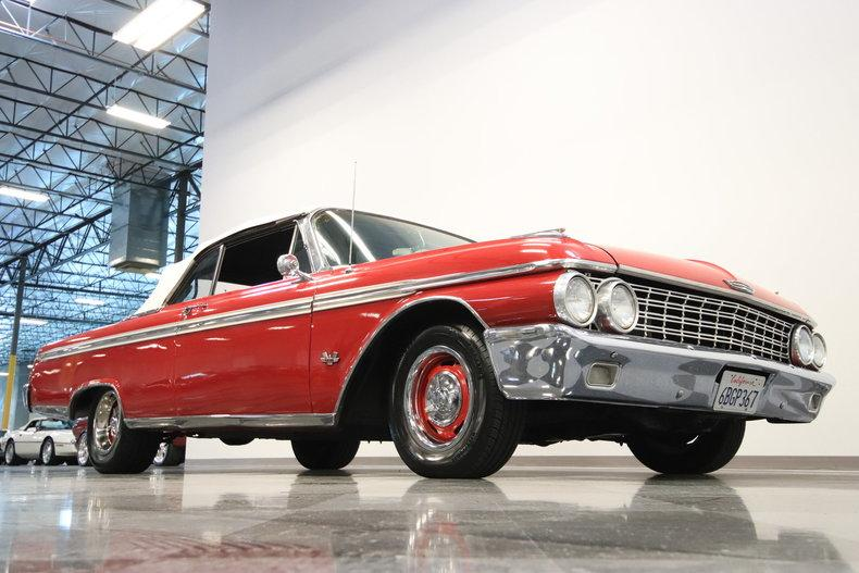 1962 Ford Galaxie 500 Sunliner #25