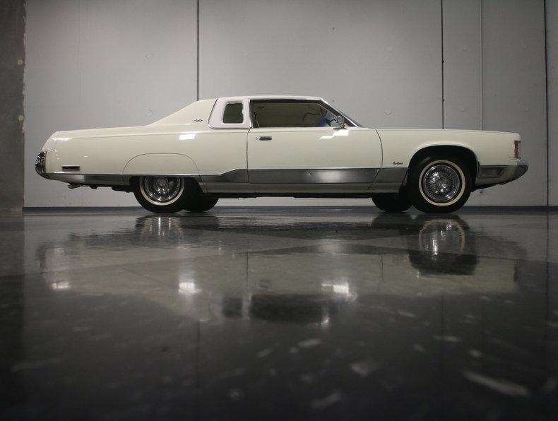 1975 Chrysler New Yorker Brougham #23