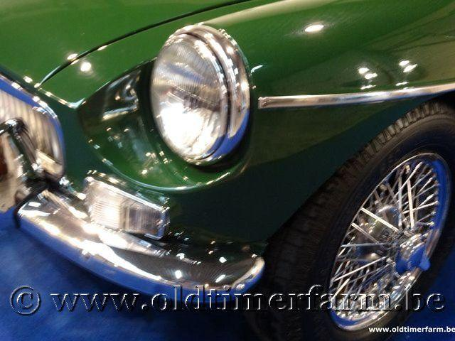 MG B Roadster Green '66 #20