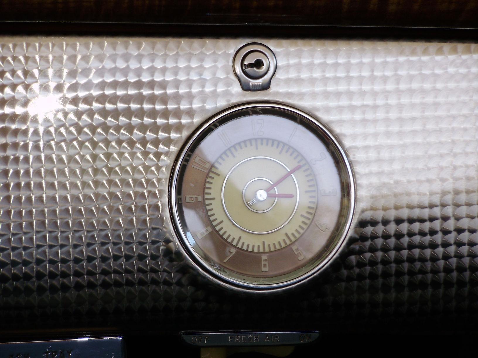 1940 BUICK CENTURY CONVERTIBLE SEDAN - Vintage Motors of Sarasota Inc. #29