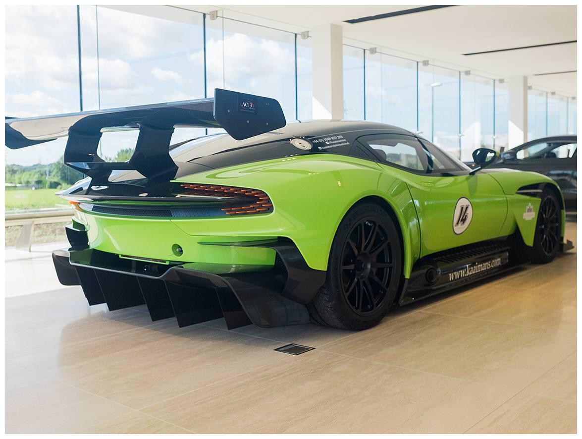 Aston Martin Vulcan (Vat Qualifying) #32