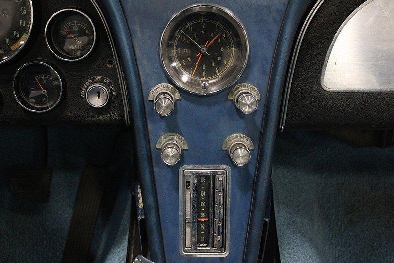 1965 Chevrolet Corvette #37