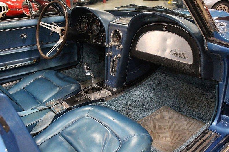 1965 Chevrolet Corvette #11