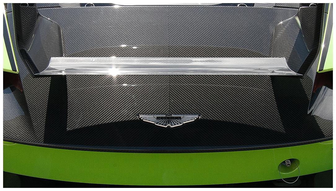Aston Martin Vulcan (Vat Qualifying) #14