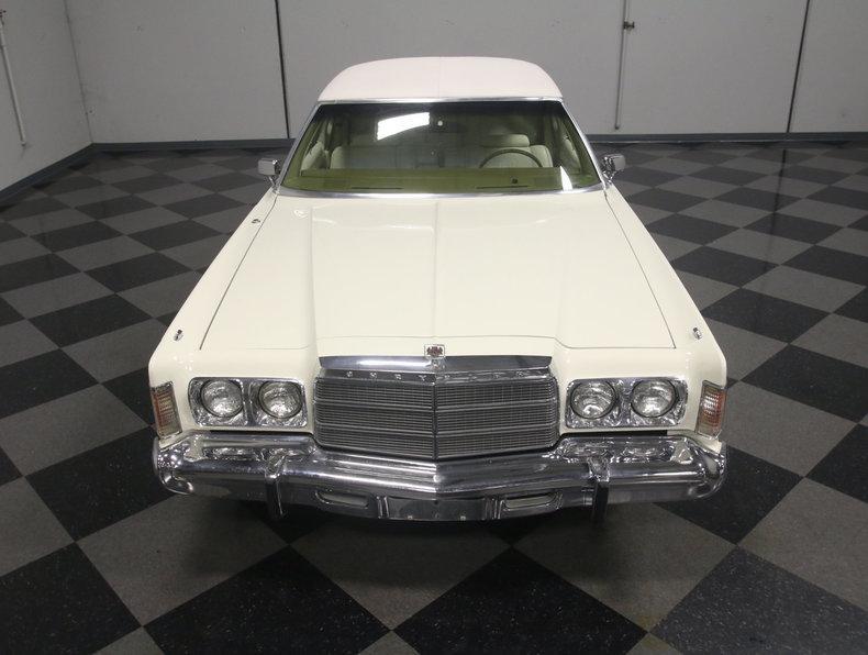 1975 Chrysler New Yorker Brougham #5