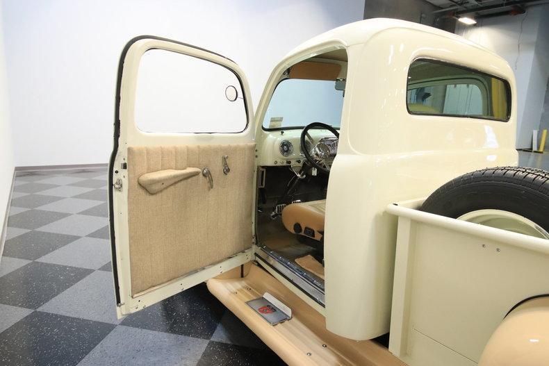 1951 Ford F-1 Restomod #32