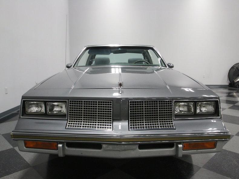 1985 Oldsmobile 442 #4