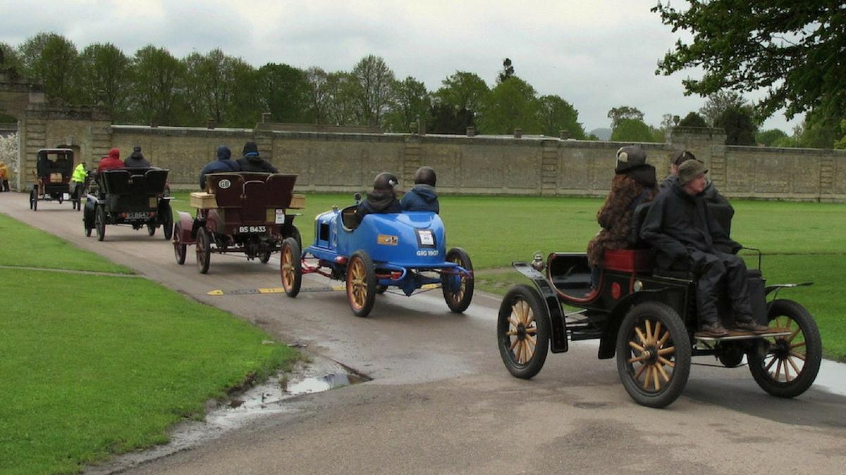 Veteran Car Club hosts second largest ever Creepy Crawly Rally ...