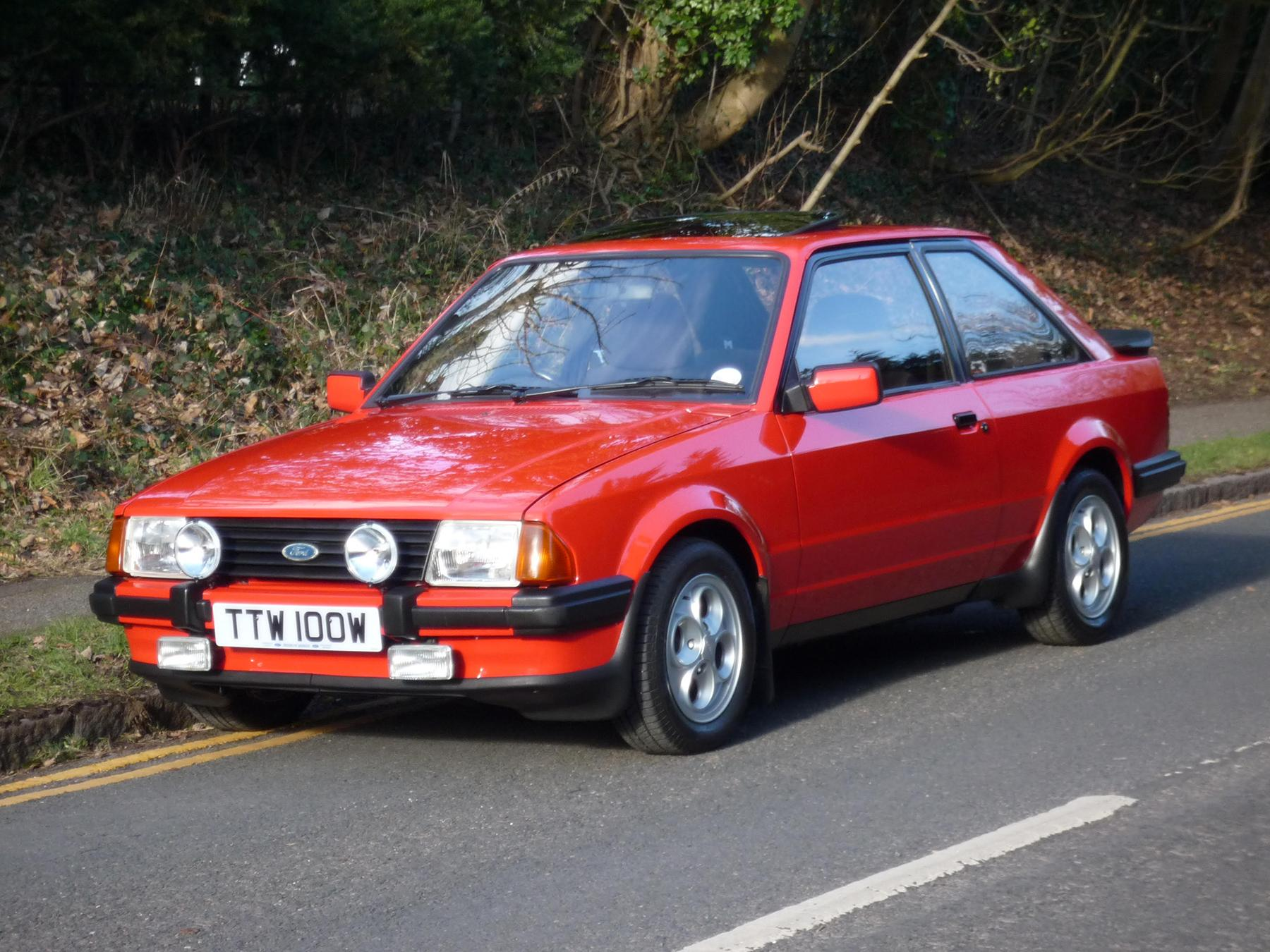 Oldest Escort XR3 in the UK up for auction
