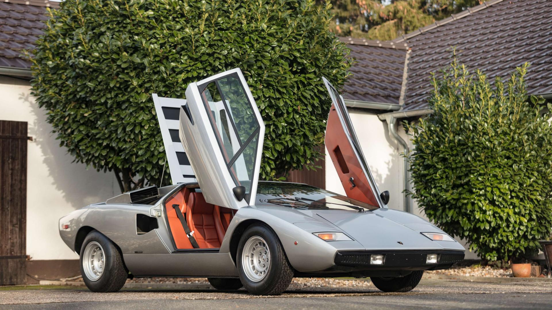 Buy the Countach Periscopio owned by Lamborghini's saviour