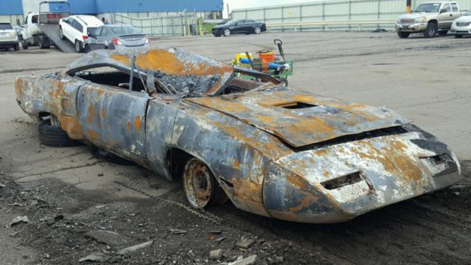 Fire Damaged 1970 Road Runner Superbird Has $59K Valuation
