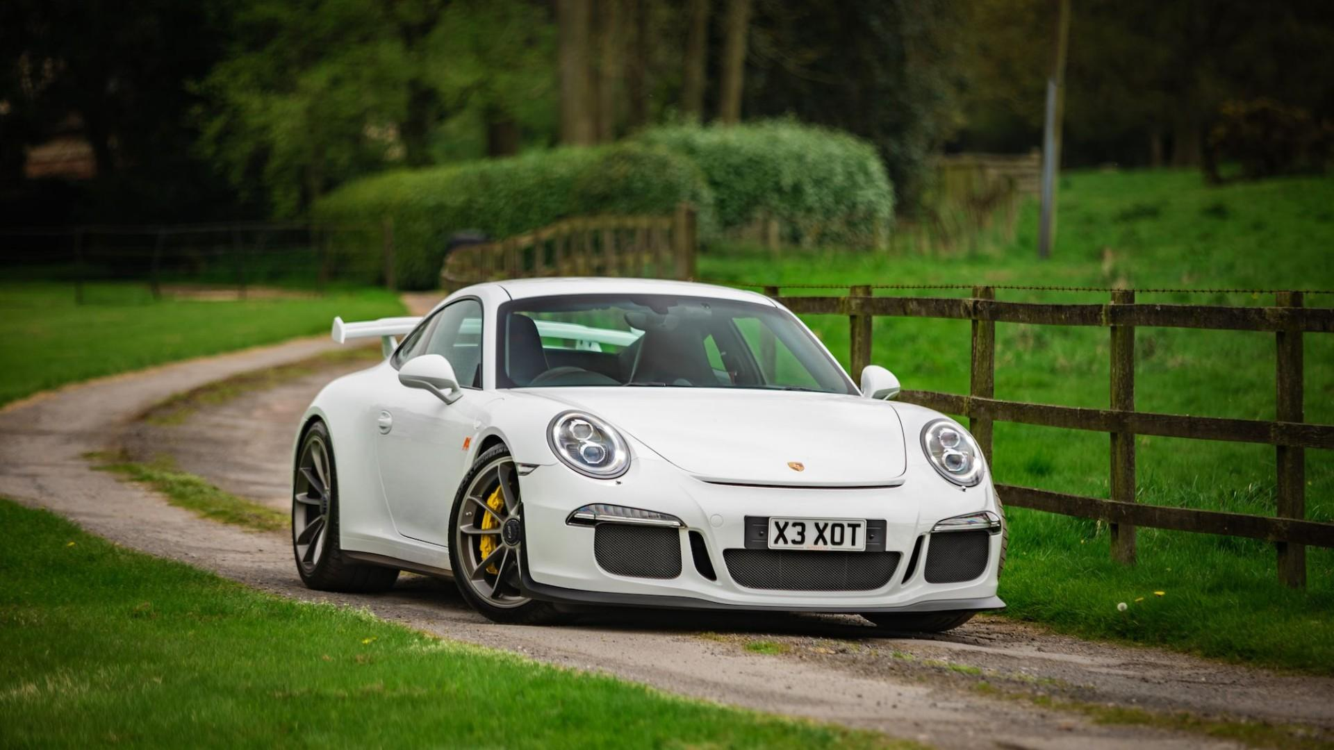 Promoted: Why a Porsche 911 GT3 is the perfect weekend car
