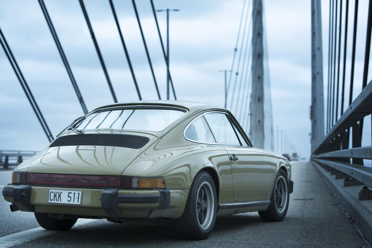 Saga nor n s porsche 911 from the bridge in charity sale for Charity motors bridge card