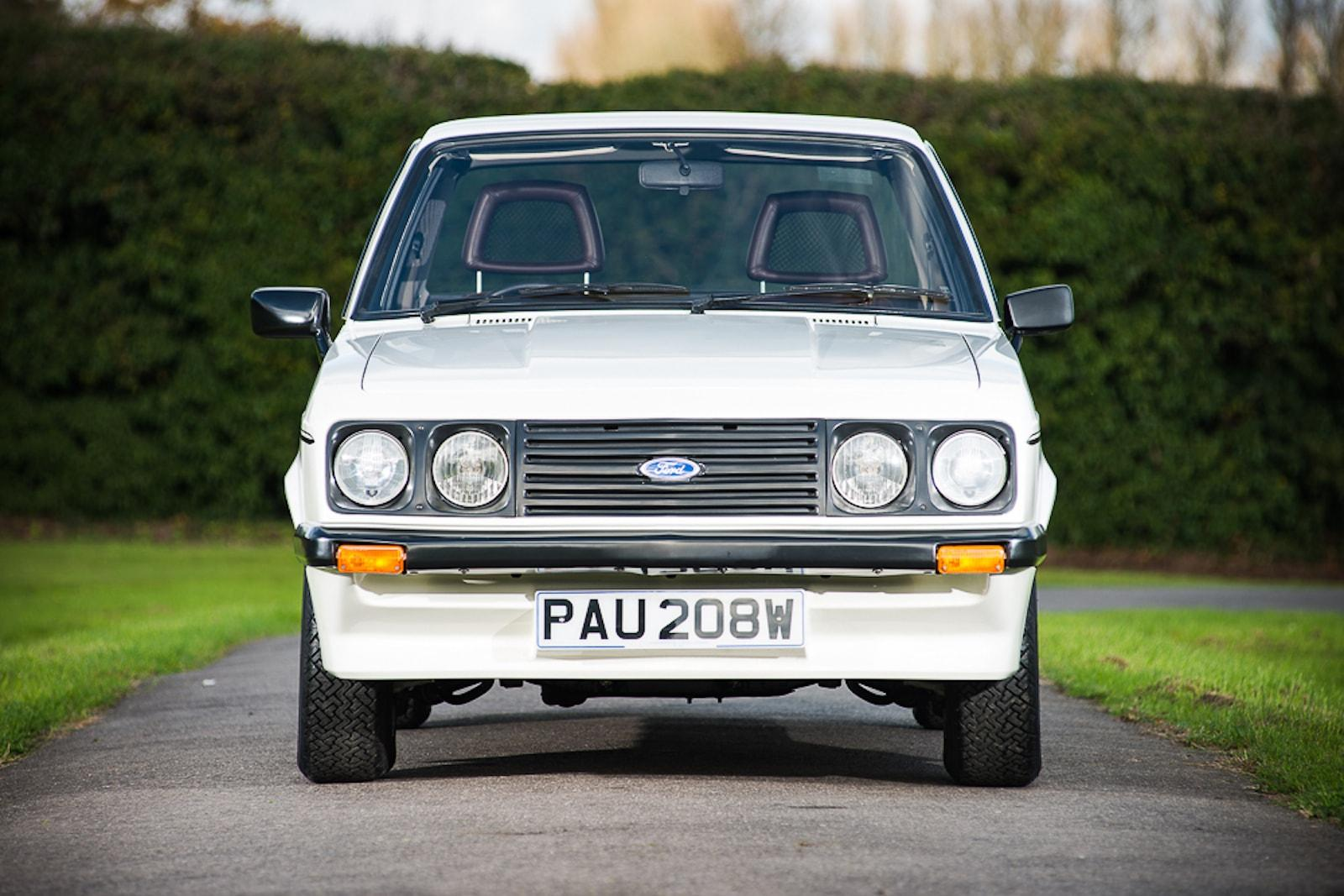 Ford Escort RS2000 sells for £100k at NEC show